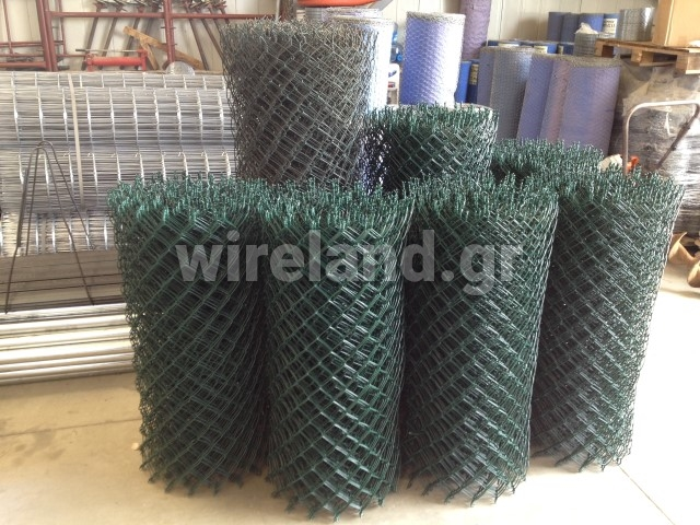 Plasticised chain link steel wire