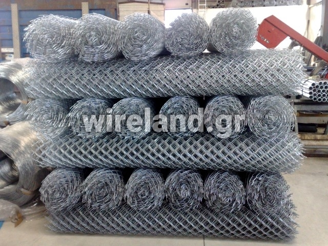 Galvanised chain link steel wire